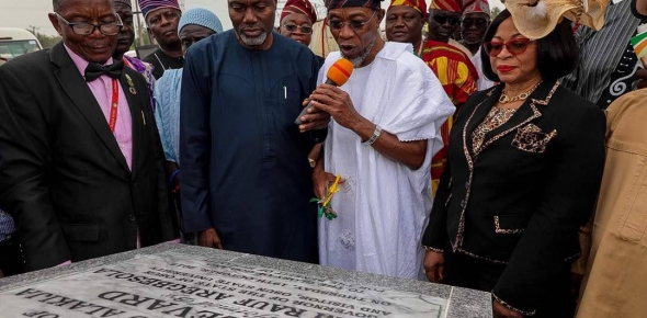 ACCOLADES ON ALAKIJA AS GOV AREGBESOLA AT THE FORMAL OPENING OF UNIOSUN ACCESS ROAD